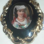 C19th 9ct Gold Plated Hand Painted & Enamel Brooch