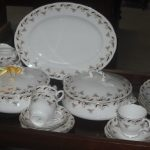 Classic Wentworth Crown Staffordshire Dinner Service