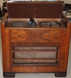 C1940's / 1950's H.M.V. Radio / Gramophone